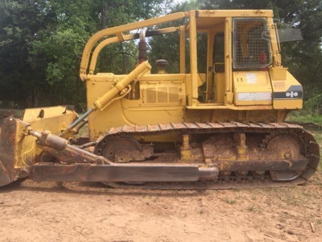 Where to find Dozer, KOMATSU D68E 4 Way in Flemington