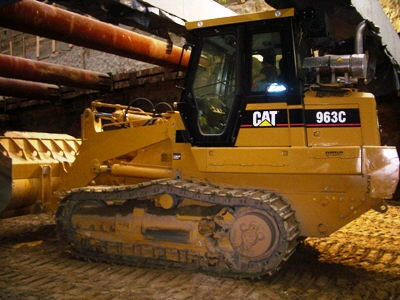 Where to find Track Loader, CAT 963C in Flemington