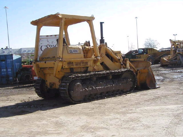 Where to find Track Loader, CAT 977L w Ripper in Flemington